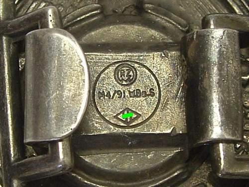 SS belt buckle original?