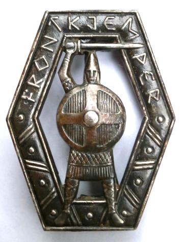 frontkjemper badge, debate in France