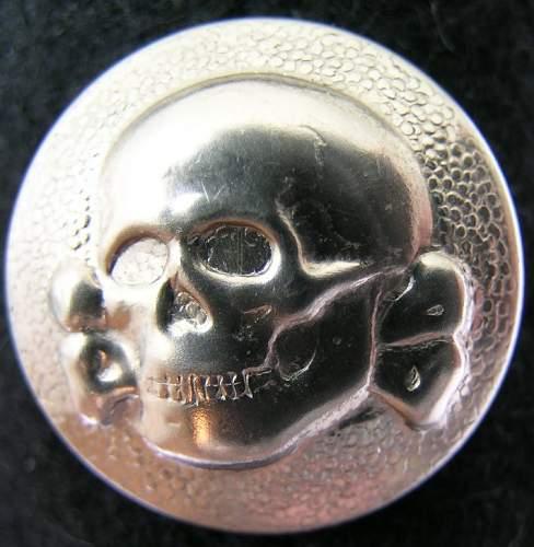 totenkopf cap button