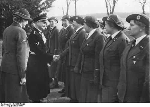 Click image for larger version.  Name:Bundesarchiv_Bild_183-E02586,_Gross-Schulzendorf,_Reichsführerschule_des_DRK.jpg Views:16 Size:46.6 KB ID:679047