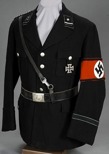 Are these men wearing SS uniforms?