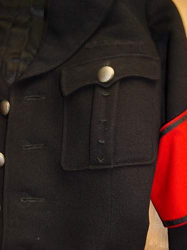 New Poster - Looking To Buy An Authentic SS Uniform
