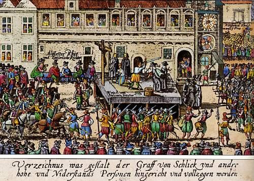 Dachbodenfundus  Sta. 41  Bayreuth d. Allgem. SS  schwarzer Rock.....with age.