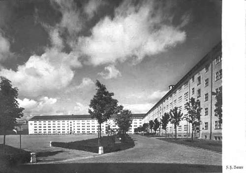 Click image for larger version.  Name:SS Kaserne Munich WWII d.jpg Views:138 Size:98.3 KB ID:733185