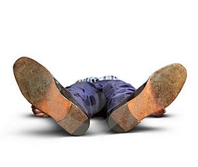 Name:  fainted-man-and-money-thumb1626171.jpg Views: 476 Size:  14.6 KB