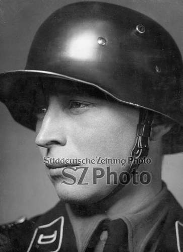 Click image for larger version.  Name:portrait-eines-soldaten-der-waffen-ss_00139451_p.jpg Views:437 Size:49.4 KB ID:748766