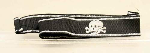 Click image for larger version.  Name:auction ss tk cuff bln.jpg Views:126 Size:29.0 KB ID:76087