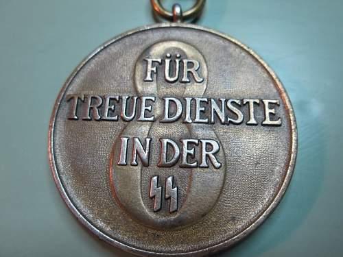 ss medal fur treue dienste 8....good or fake ?