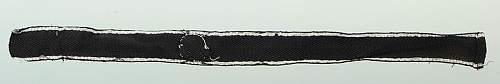 Click image for larger version.  Name:bande-de-manche-d-officier-de-la-1ere-ss-totenkopf-standarte-oberbayern-type-1_6.jpg Views:14 Size:15.6 KB ID:776759
