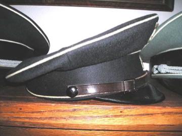 Name:  Finley new black cap side view.jpg Views: 352 Size:  49.7 KB