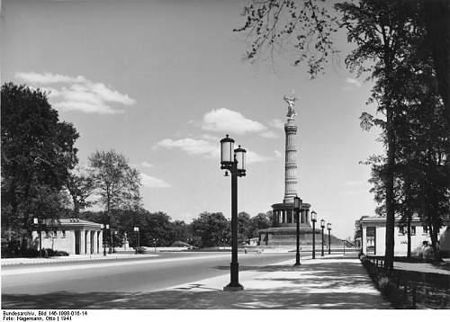 Click image for larger version.  Name:Bundesarchiv_Bild_146-1998-016-14,_Berlin,_Ost-West-Achse,_Siegessäule.jpg Views:95 Size:64.4 KB ID:795080