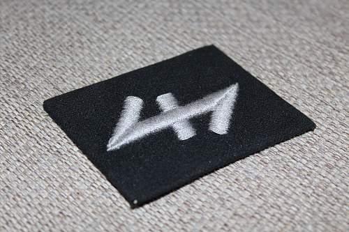 SS Collar tab Romanian Volunteers