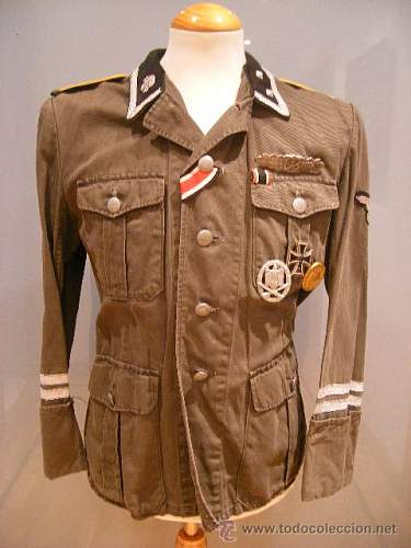 SS Totenkopf uniform: help needed