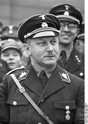 Click image for larger version.  Name:Bundesarchiv_Bild_102-15607A,_Wilhelm_Kube.jpg Views:30 Size:57.7 KB ID:807163