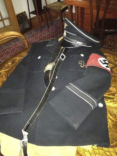 The collection of military regalia in former times.