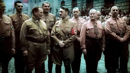 Click image for larger version.  Name:Hugo-JAEGER-Photographe-personnel-Hitler-45.jpg Views:26 Size:217.1 KB ID:814156