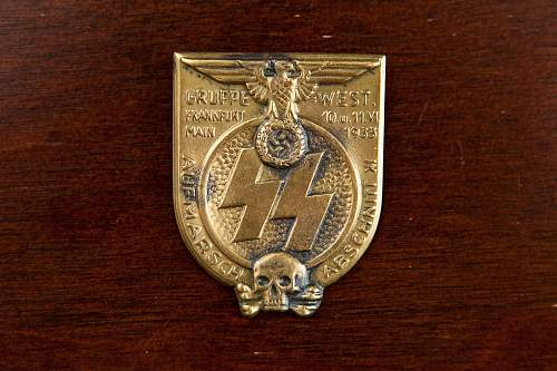 SS Gruppe West March '33 Tinnie/Badge