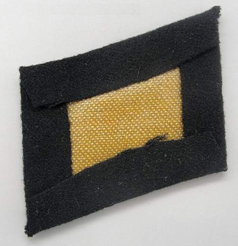 SS EM/NCO's Collar Tab (Machine-Embroidered Runes) - Original/Fake?
