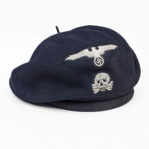 Embroid Totenkopf