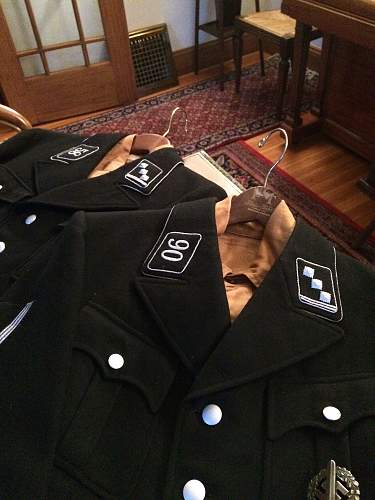 Early SS uniform