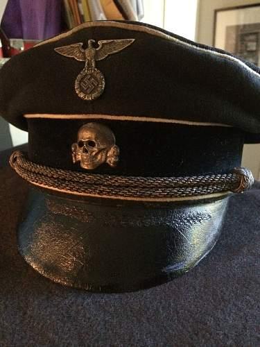 Early SS uniform