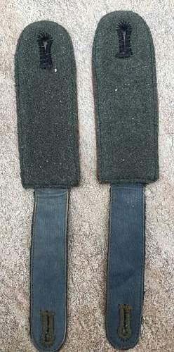 KZ EM shoulder boards