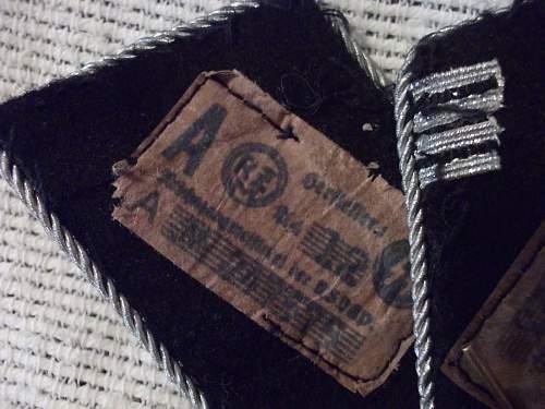 Haupsturmfuhrer collar tab set