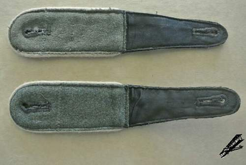 SS infantery shoulder straps - ask for help