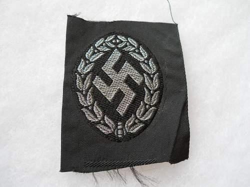 Schuma Officer's Cap Insignia