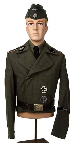 Click image for larger version.  Name:CAZAAPRV  ss panzer tunic.jpg Views:1938 Size:107.4 KB ID:87361