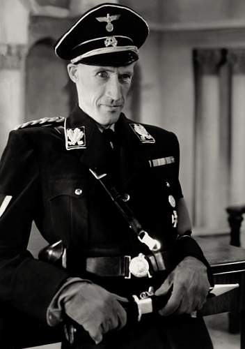 Click image for larger version.  Name:John_Carradine_in_Hitler's_Madman.jpg Views:3265 Size:89.9 KB ID:873870