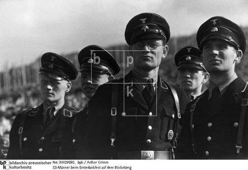 black uniform--further images