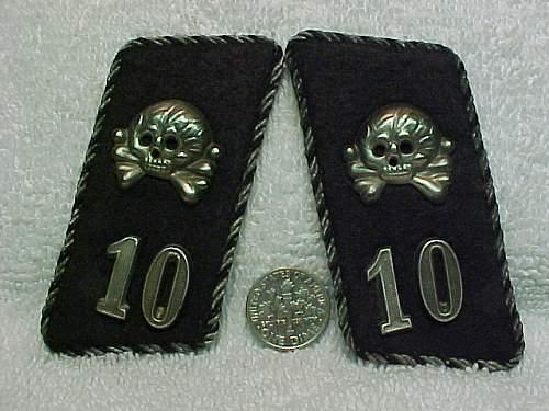 """10th WAFFEN PANZER (TANK) DIV.""""FRUNDSBURG"""" tabs."""