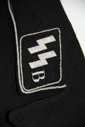 More info on this collar tab please