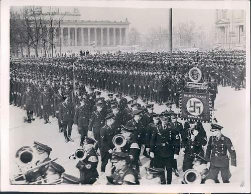 Click image for larger version.  Name:SS VT PARADE PIC.jpg Views:185 Size:134.1 KB ID:92079
