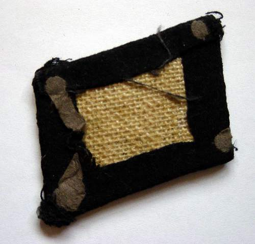 Click image for larger version.  Name:SS NCO's collar patch rear..jpg Views:114 Size:195.0 KB ID:92145