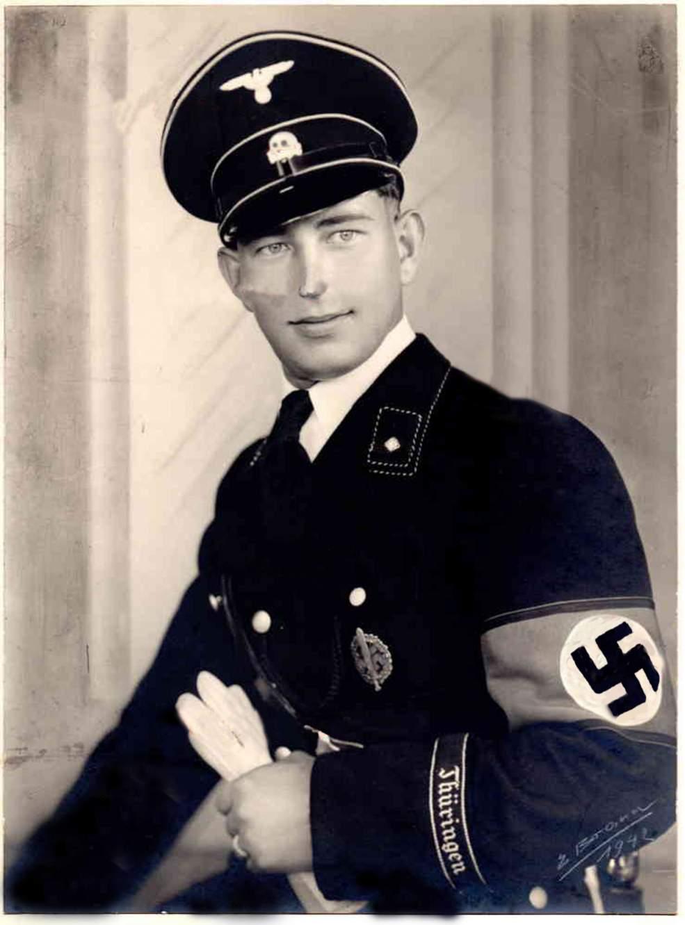 Ss Uniform Pictures 88