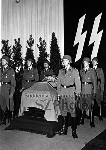 Click image for larger version.  Name:reinhard-heydrich_00215604_p.jpg Views:53 Size:61.8 KB ID:923855