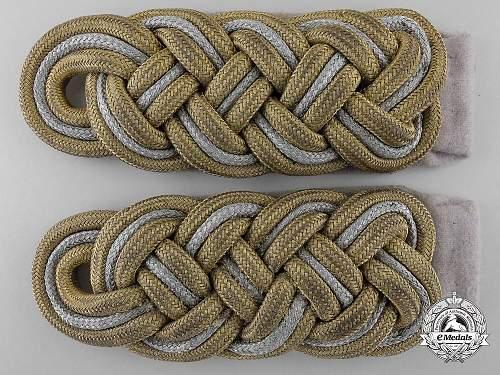 Basket Weave SS Generals Shoulder boards on sale on EMEDALS.