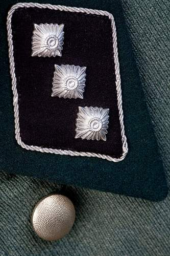 Click image for larger version.  Name:rank collar tab small.jpg Views:57 Size:235.9 KB ID:940135