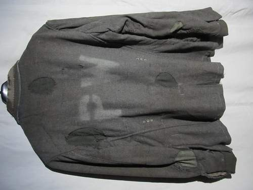 Question SS(?) Field blouse of prisoner of war, PW on back