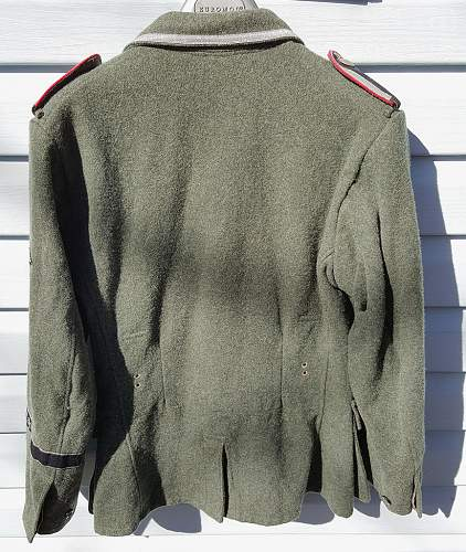 Click image for larger version.  Name:ss-tunic-16.jpg Views:6 Size:134.6 KB ID:946700