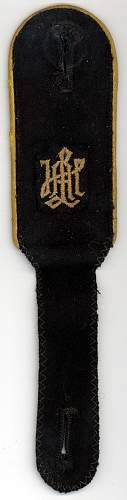 Click image for larger version.  Name:SS-Rottenfuhrer of Signals LSSAH strap front.jpg Views:77 Size:158.5 KB ID:949766