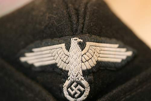 SS Overseas Hat and Insignia