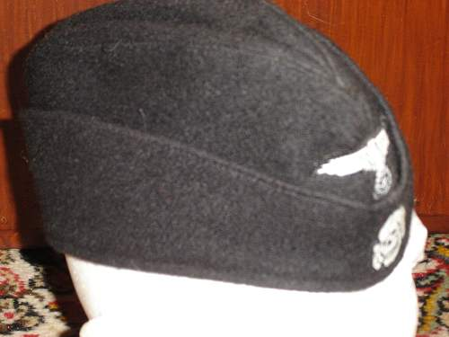 What SS unit this hat has belonged to?