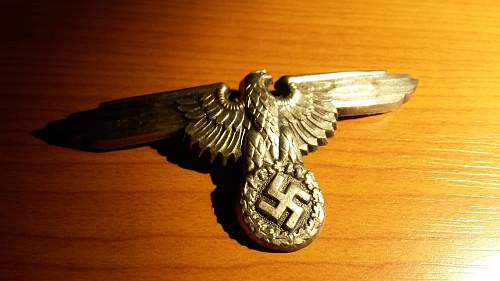 Click image for larger version.  Name:55e148ed4a3c3-waffen-ss-adler-totenkopf-rank-insignia-ezust-original-.jpg Views:113 Size:168.2 KB ID:979996