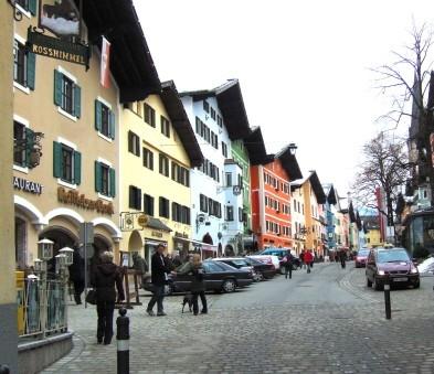 Name:  InnenstadtKitzbühel.jpg Views: 147 Size:  118.4 KB