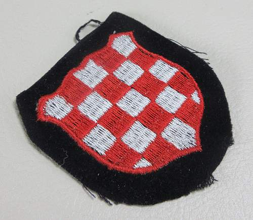 Latvian and Croatian Shield - need help