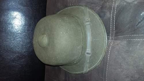 Pith helmet......