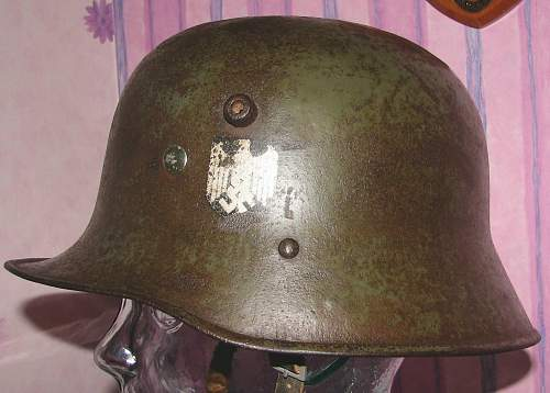 Austrian M17 transitional helmet